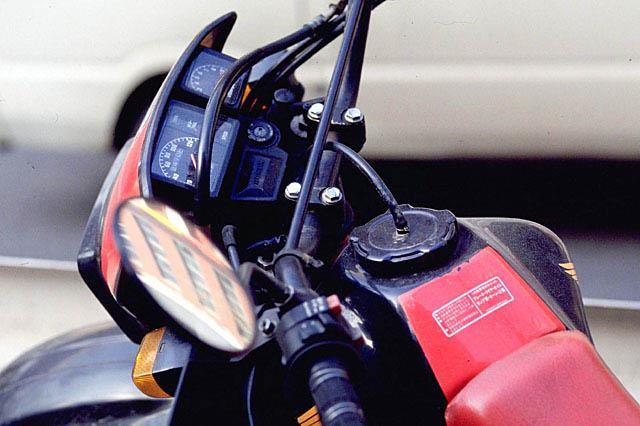 バイク用エアバッグ