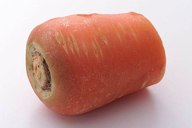 野菜ジュースの柑皮症と黄疸